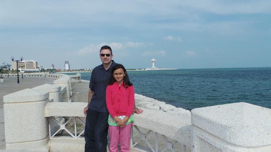 daughter-al-khobar-corniche